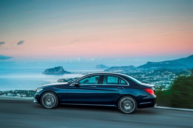 Mercedes-Benz auf dem Genfer Automobilsalon 2014 (BILD)