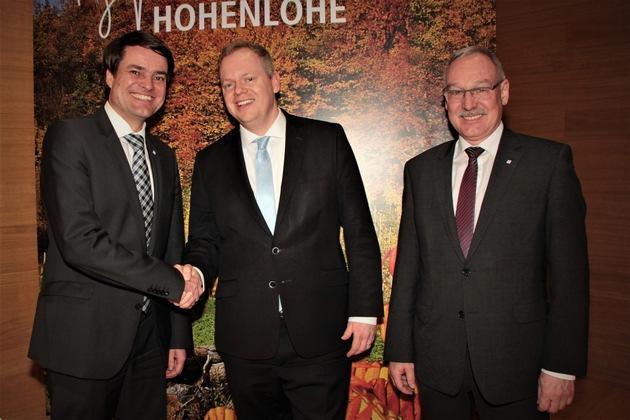 BBT-Geschäftsführer Matthias Warmuth, Landrat Dr. Matthias Neth und Regionalleiter der BBT-Region Tauberfranken Thomas Weber (v. r.)