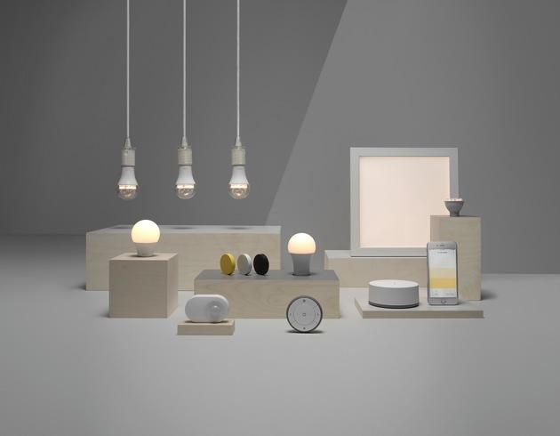 """IKEA Smart-Lighting Kollektion. Weiterer Text über ots und www.presseportal.de/nr/29291 / Die Verwendung dieses Bildes ist für redaktionelle Zwecke honorarfrei. Veröffentlichung bitte unter Quellenangabe: """"obs/IKEA Deutschland GmbH & Co. KG/Inter IKEA Systems B.V. 2017"""""""