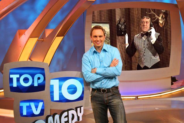 """Für """"Top 10 TV"""" haben die Zuschauer aus 30 Sketchen mit Didi Hallervorden gewählt, Steven Gätjen stellt ihre 10 Favoriten am Mittwochabend, 10.05.2006, bei kabel eins vor. """"Top 10 TV """" Comedy: Das Beste von Didi Hallervorden"""" am Mittwoch, 10. Mai 2006, um 20:15 Uhr bei kabel eins. © kabel eins - honorarfrei nur im Zusammenhang mit einem Sendehinweis auf das entsprechende kabel eins-Format und bei Nennung """"Bild: kabel eins/B. Barkhausen""""."""