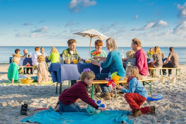 Frühaufsteher und Langschäfer haben entlang der Küste die Wahl zwischen unterschiedlichen Zeitpunkten und verschiedenen Plätzen. (www.ostsee-schleswig-holstein.de/Oliver Franke)