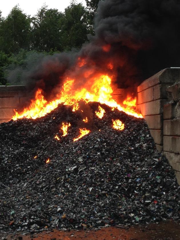 FW-E: Brennt Kunststoffschrott