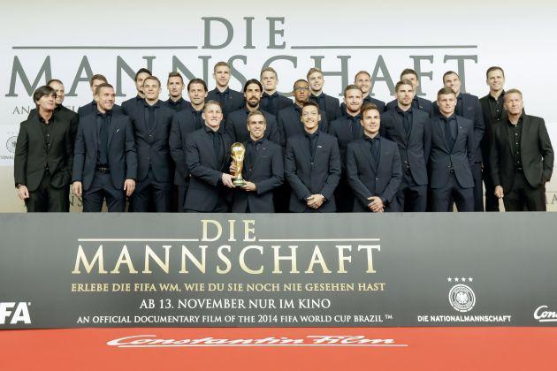 Kinopremiere DIE MANNSCHAFT. DIE MANNSCHAFT kommt am 13. November im Verleih der Constantin Film in die Kinos und ist eine ...