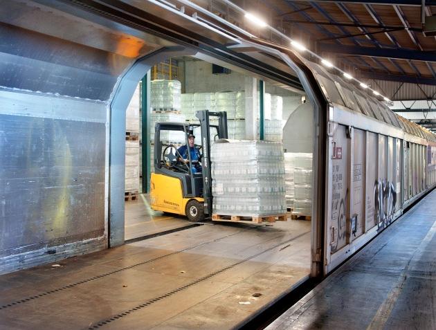 Aproz und SBB Cargo: Seit 50 Jahren gemeinsam auf der Schiene