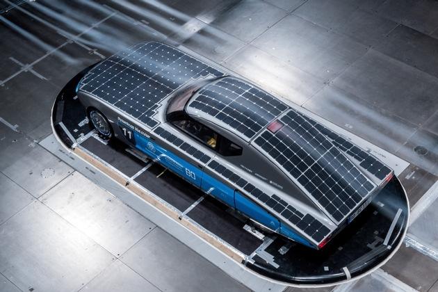 """Am 8. Oktober geht's los: """"thyssenkrupp blue.cruiser"""" startet bei SolarCar-Weltmeisterschaft in Australien"""