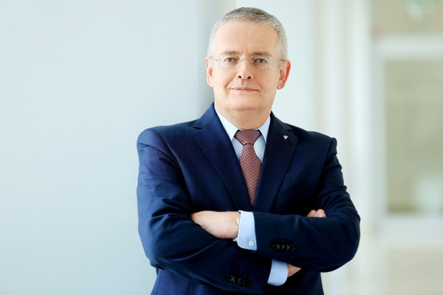 uniVersa-Vorstandsvorsitzender Michael Baulig.  Foto: uniVersa - Abdruck: honorarfrei. Weiteres Bildmaterial finden Sie unter: www.uniVersa.de/presse.
