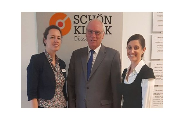 Klinikleiterin Kathleen Büttner-Hoigt, Peter Preuß MdL, gesundheitspolitischer Sprecher der CDU-Landtagsfraktion, und Geschäftsführende Direktorin Carla Naumann (v. li. n. r.)