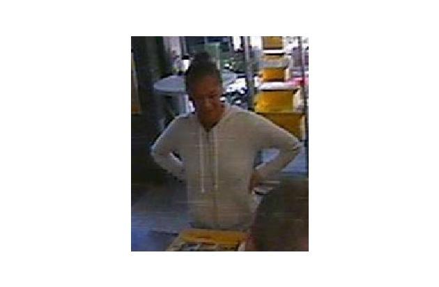 Wer kennt diese Frau? Hinweise an das KK 24 unter 0228/15-0.
