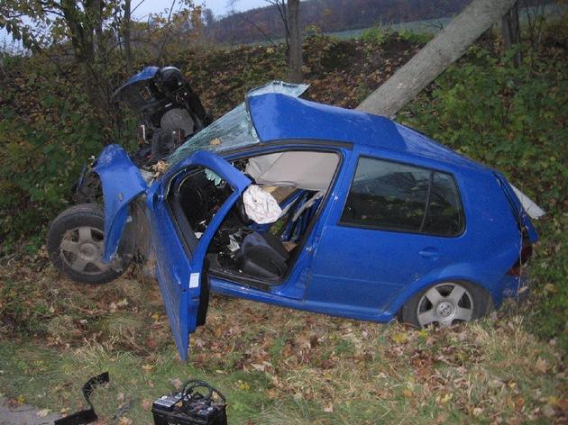 POL-HI: Schwerer Verkehrsunfall zwischen Lamspringe und Gehrenrode