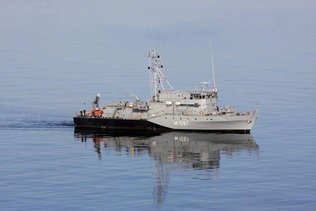 "Archivbild: Minenjagdboot ""Bad Rappenau"" in See. Foto: Deutsche Marine"