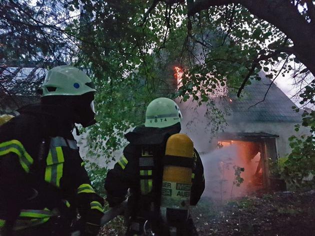 Einsatzbild der Feuerwehr Velbert vom Brandort (Bild 1) / Quelle: Feuerwehr Velbert