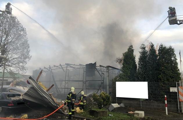 FW-GE: Explosion mit anschließendem Folgebrand in Kfz-Werkstatt in Gelsenkirchen-Bismarck