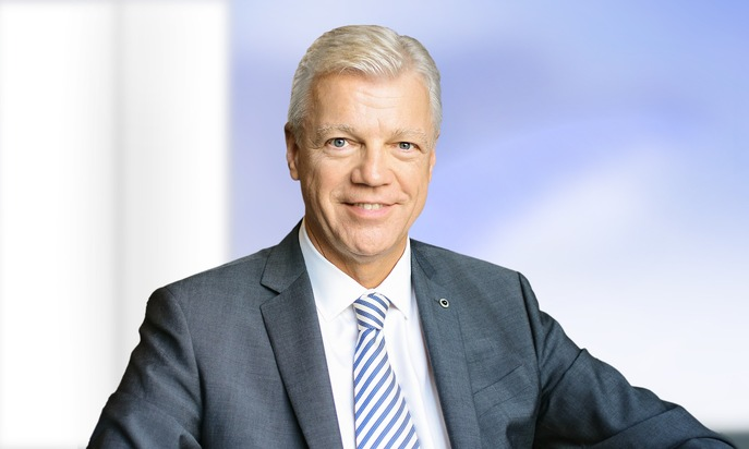 """press release: """"Thomas Willms is the new CEO of Steigenberger Hotels AG"""""""