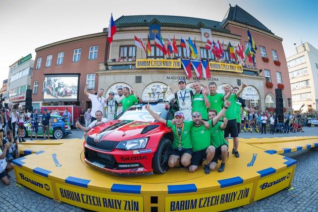 SKODA Triumph bei der Barum-Rallye: Jan Kopecky verteidigt Titel in der Tschechischen Rallye-Meisterschaft