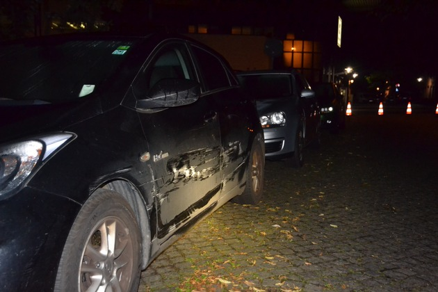 Unfallfahrzeuge in der Parkstraße