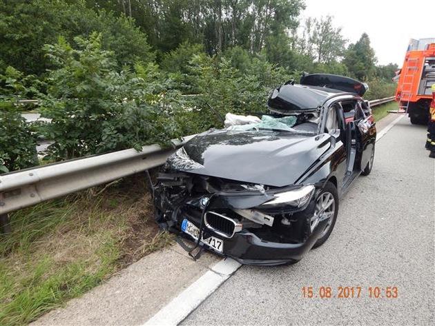 POL-VDKO: Verkehrsunfall mit Lkw-Beteiligung und Folgeunfall mit schwerverletzter Person