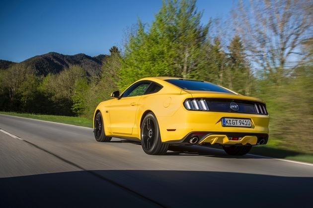 Ford Performance Days: Exklusive Fahrsicherheitstrainings mit dem Ford Mustang GT Fastback