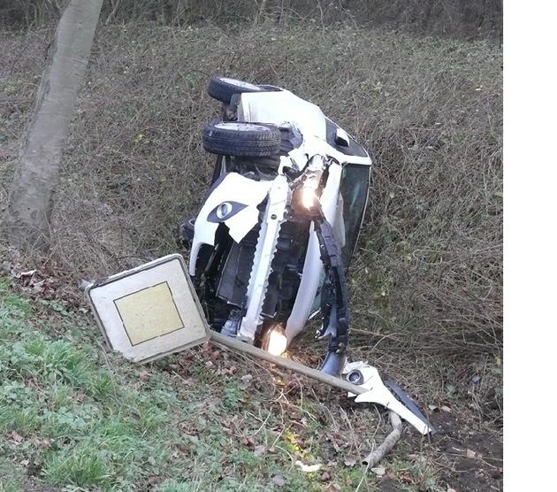 POL-DN: Fahrerinnen wurden verletzt