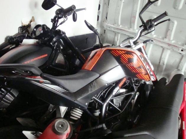 Zwei der drei Motorräder waren bereits als gestohlen gemeldet.
