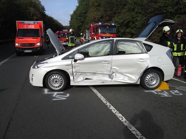Das verunfallte Hybridfahrzeug