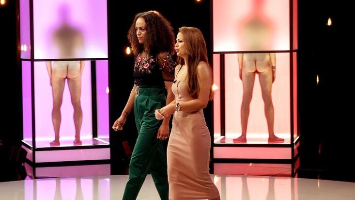 """Die ungewöhnliche Dating-Show """"Naked Attraction"""" kehrt zurück auf die Bildschirme. Moderatorin Milka Loff Fernandes verhilft Singles zu einer neuen Liebe. Die neuen Folgen sind ab Montag, 8. Oktober 2018, um 22:15 Uhr bei RTL II zu sehen. Weiterer Text über ots und www.presseportal.de/nr/6605 / Die Verwendung dieses Bildes ist für redaktionelle Zwecke honorarfrei. Veröffentlichung bitte unter Quellenangabe: """"obs/RTL II"""""""