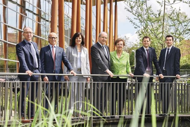 Geschäftsführung v.l: Andreas Bayer, Peter Liehner, Heidi Weber-Mühleck, Hans Weber, Christa Weber, Gerd Manßhardt, Stephan Jager