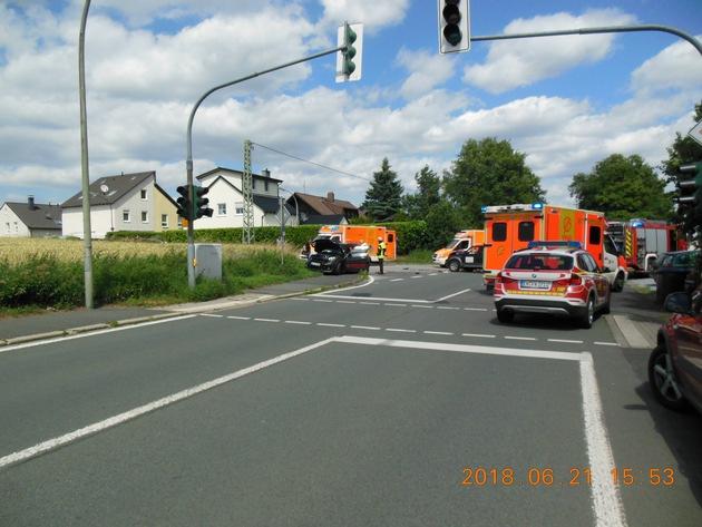 Schwerer Verkehrsunfall Schwelmer Str.