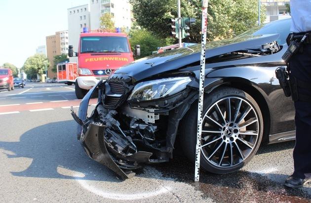 POL-ME: Verkehrsunfallfluchten aus dem Kreisgebiet - Velbert/Haan - 1911078 - Presseportal.de