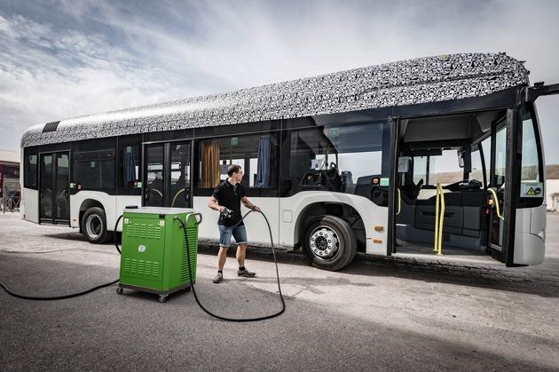 30 Citaro Battery Charging Copyright Daimler EvoBus