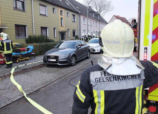 FW-GE: 2 Verletzte nach Brand in einer Wohnung in Horst