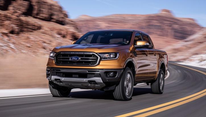 """Mustang Bullitt[TM]-Sondermodell, neues Sport-SUV Ford Edge ST und Ranger. Als dritte US-Neuheit stellt Ford auf der diesjährigen NAIAS den Ranger vor, der in Europa die Pick-up-Verkäufe anführt. Der Ranger kehrt nach Nordamerika zurück: Die amerikanische Version des Ford Ranger wurde bis zum Jahr 2011 in den USA produziert. Von 1982 (dem Produktionsstart des Ranger in den USA) bis 2011 (dem vorläufigen Produktionsende in den USA) wurden dort insgesamt über sieben Millionen Einheiten hergestellt.  Der europäische Marktführer in seinem Segment läuft noch in diesem Jahr im Werk Michigan der Marke vom Band. Weiterer Text über ots und www.presseportal.de/nr/6955 / Die Verwendung dieses Bildes ist für redaktionelle Zwecke honorarfrei. Veröffentlichung bitte unter Quellenangabe: """"obs/Ford-Werke GmbH"""""""