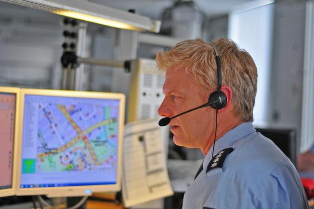 Notruf 110 - Polizei nimmt Hinweise jederzeit entgegen !
