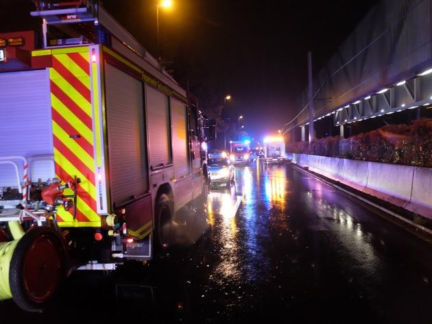 FW-GE: Verkehrsunfall mit schwerverletzter Person