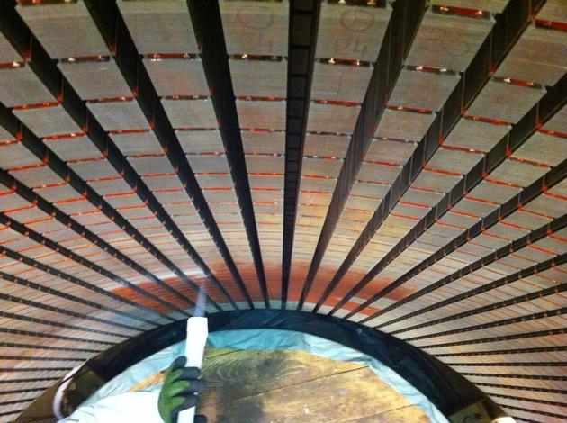 BILD zu OTS - 3 Millimeter oder 3 Meter - berührungslose Reinigung von Keramik-Waben bis Industrie-Großanlagen mit kalter Trocken-Druck-Luft