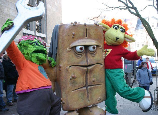 Bernd das Brot steht wieder vor dem Erfurter Rathaus