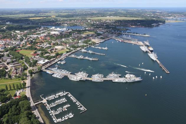 Kieler Woche 2017 - Luftbild vom Stützpunkt Kiel