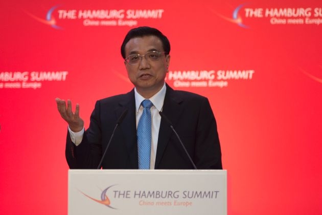 """""""The EU and China Need Each Other More Than Ever"""" / Chinese Premier Li Keqiang a guest at the """"Hamburg Summit"""" in the Chamber of Commerce"""