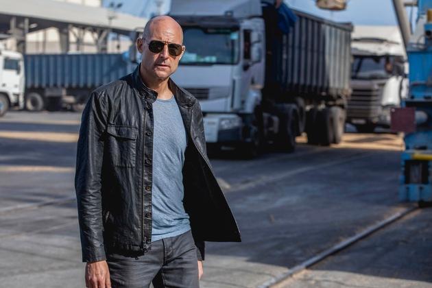 """Spannende neue Spionage-Serie """"Deep State"""" mit Mark Strong in der Hauptrolle feiert am 10. April 2018 Premiere"""