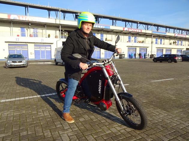 Das Elektromotorrad eROCKIT beim Eco Grand Prix 2018 im Motorsportpark Oschersleben