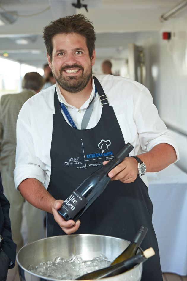 Moderner Winzer trifft modernes Luxusschiff: Wein-Workshops mit Markus Schneider an Bord der EUROPA 2
