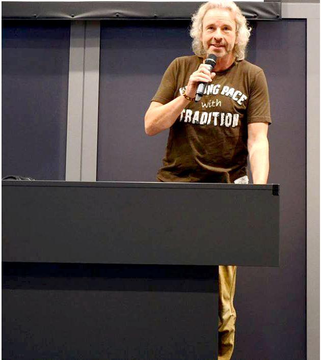 """Gottschalk fordert Studierende auf: """"Erfindet eine massenkompatible Samstagabend Show"""""""