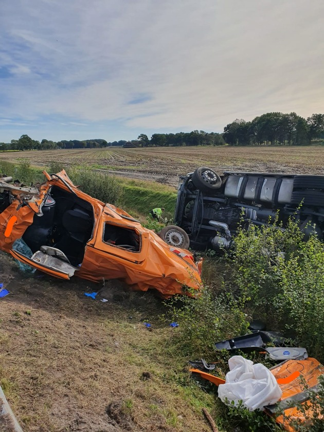 A28/Westerstede - Schwerer Verkehrsunfall