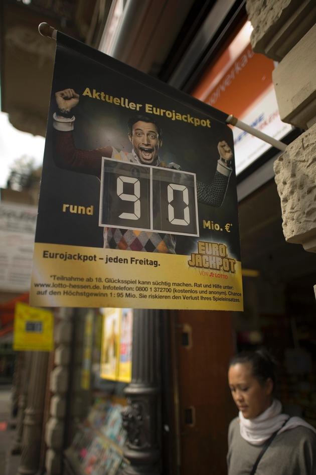 Eurojackpot steigt am Freitag auf 90 Millionen Euro / LOTTO Hessen stellt aktuelles Bildmaterial bereit