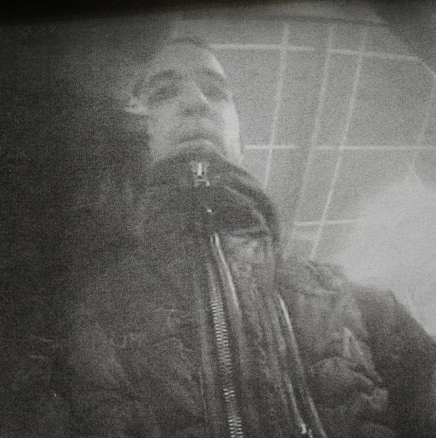 POL-BO: Unberechtigt Bargeld abgehoben: Die Polizei fahndet nach diesem Mann