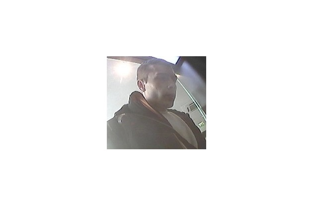 POL-HI: Wer kennt diesen Mann?