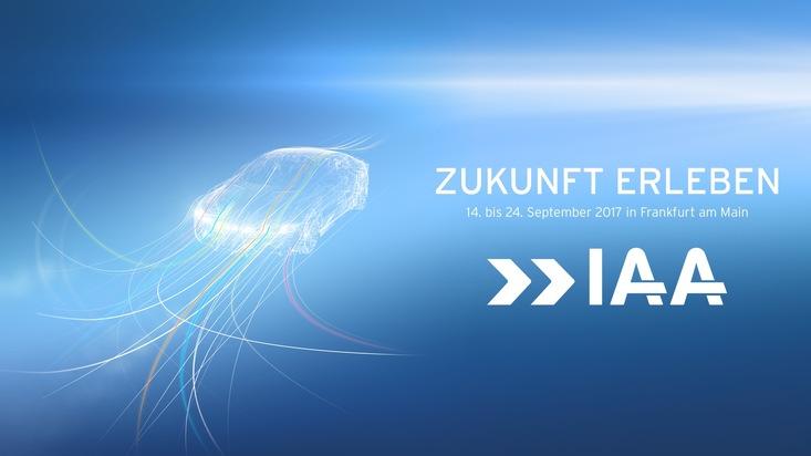 Auf der 67. Internationalen Automobilausstellung stellen Hersteller und Zulieferer ihre Neuheiten unter dem Motto ?Zukunft erleben? vor.
