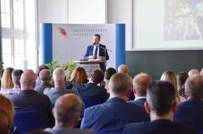 Jens Gnisa referierte über die mit der Gesetzesänderung einhergehenden Herausforderungen für Strafverfolgungsbehörden und Gerichte.