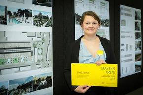 Katharina Meiler entwickelte eine neue Nutzung für die Garbe-Lahmeyer Halle in Aachen-Nord (Foto: Heike Fischer / TH Köln)