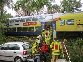 Feuerwehr evakuiert Fahrgäste aus dem Zug