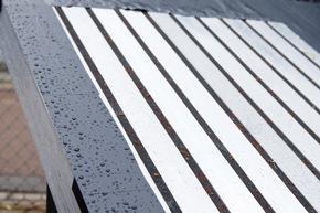 Das Härteste: illbruck TP600 illmod 600 beweist seit 22 Jahren seine Funktionstüchtigkeit in der Abdichtung der Fassadenfuge...